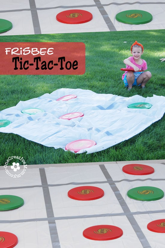 frisbee tic-tac-toe game for the backyard
