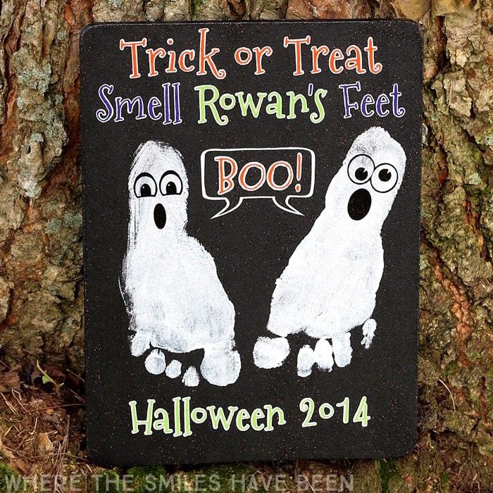 halloween footprint ghosts craft idea