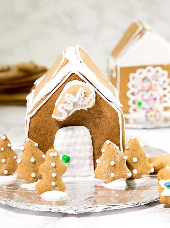 Recipe for gluten free gingerbread house. #GlutenFree #GingerbreadHouse #DIYChristmas
