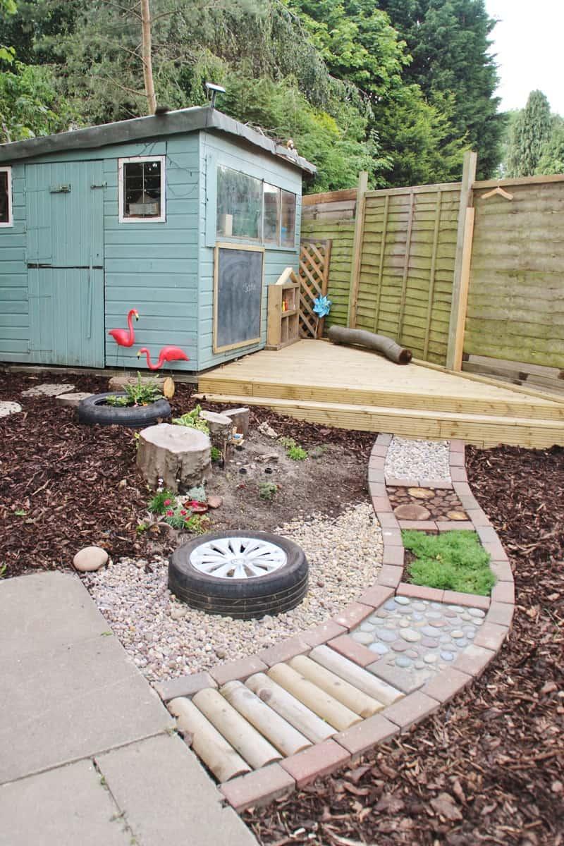 25+ Fun DIY Backyard Play Areas The Kids Will Love - Fun ...