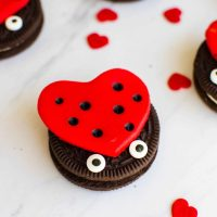 Easy DIY Oreo Love Bug Treats