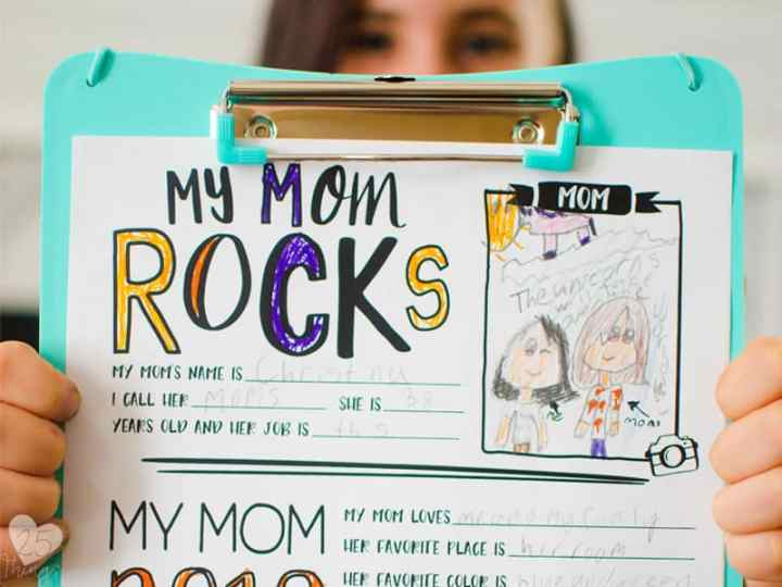 Use the free printable questionnaire for a special mother's day gift from the kids.