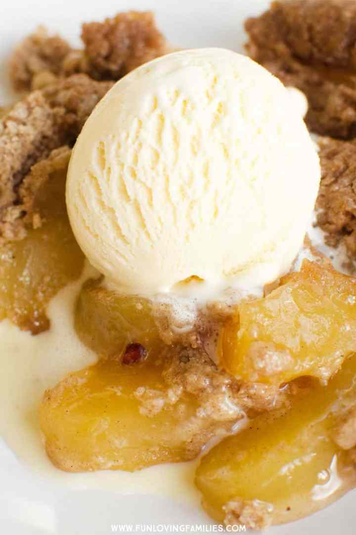 Easy apple spice dump cake, Instant Pot recipe. This is the easiest Instant Pot dessert I've found, and it's delicous with a scoop of ice cream. The apple spice is perfect for Fall! #falldessert #instantpotdessert #instantpotdumpcake #dumpcakerecipe #appledessert #applerecipe #appledumpcake #easyinstantpotrecipe #pressurecookerdessert