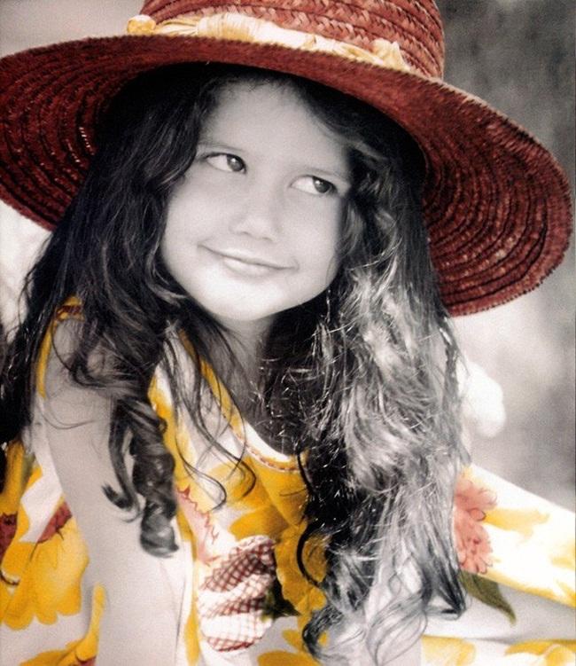 cute-little-girl- (3)