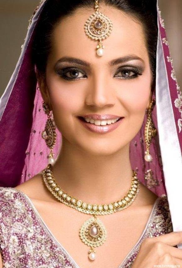 amina-sheikh-bridal-makeover-for-huma-ali- (3)