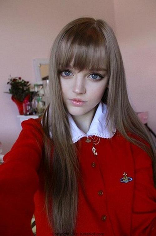 living-barbie-dakota-rose- (9)
