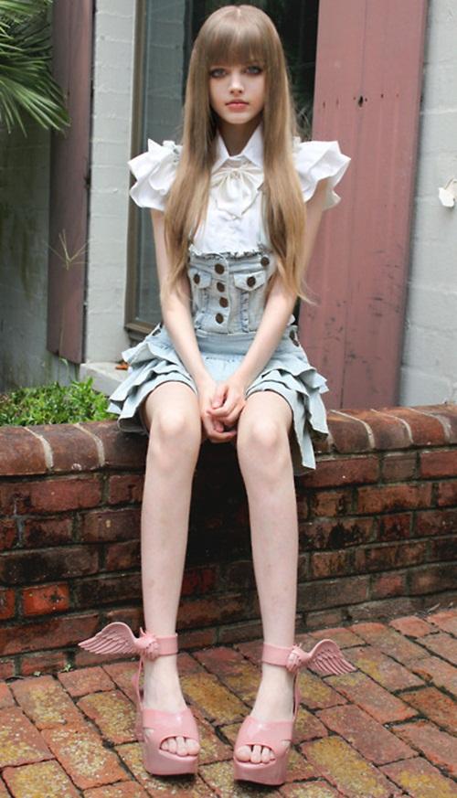 living-barbie-dakota-rose- (14)