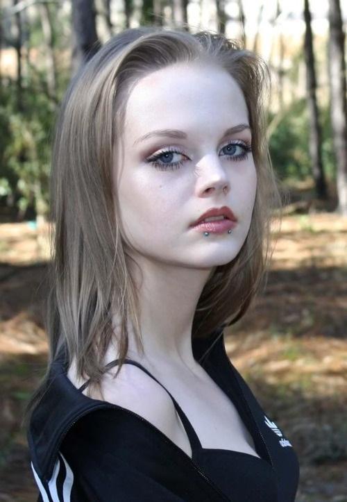 living-barbie-dakota-rose- (15)