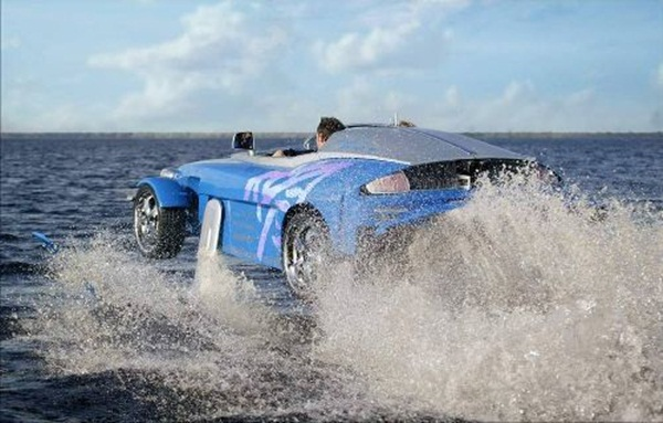rinspeed-splash-sports-car-and-speed-boat- (16)