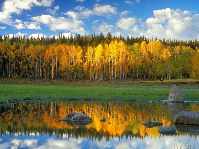 beautiful-natural-lakes-26-photos- (6)