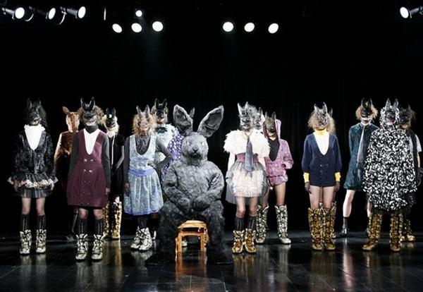 funny-fashion-show-28-photos- (28)