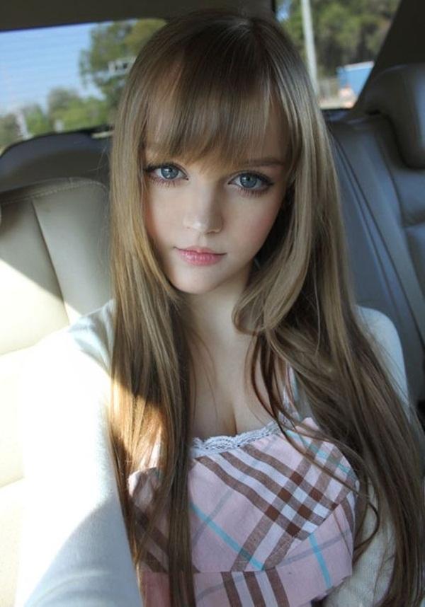 living-barbie-doll-dakota-rose- (16)