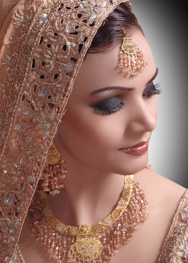 asian-bridal-makeup-12-photos- (6)