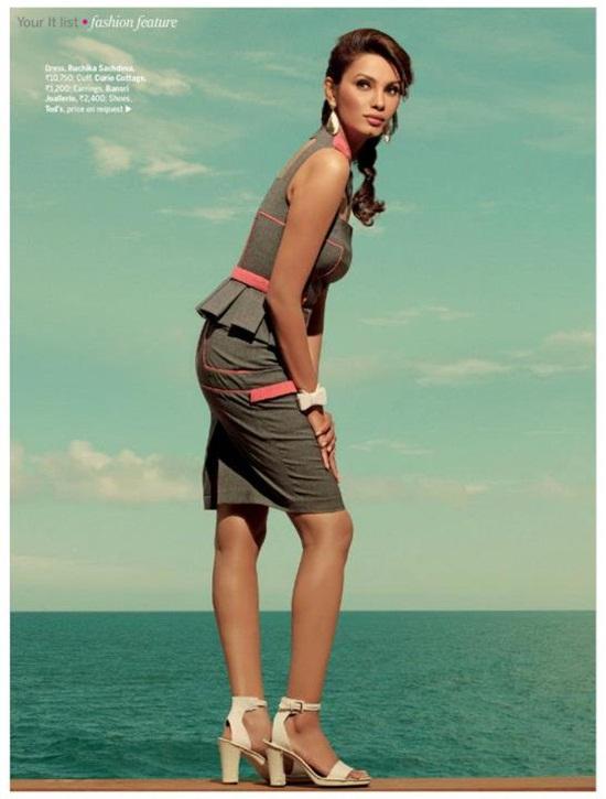 diana-hayden-photoshoot-for-femina-magazine-2012- (6)