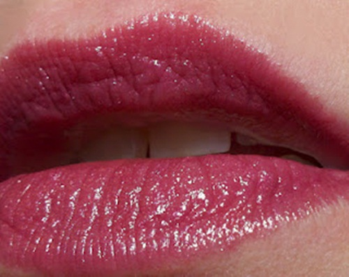 shiny-lips-pictures- (24)