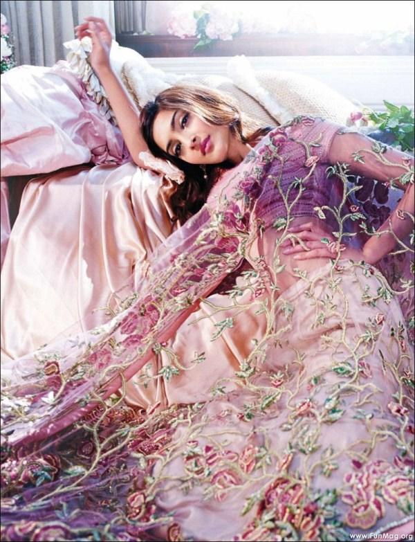 sonam-kapoor-photoshoot-for-shehla-khan- (8)