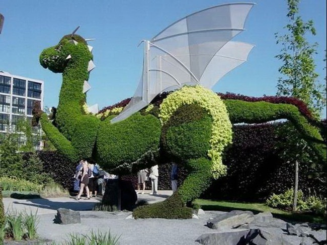 topiary-animals- (10)