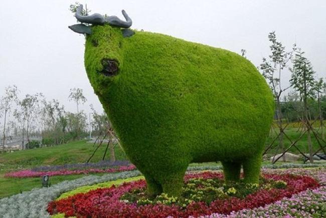 topiary-animals- (21)