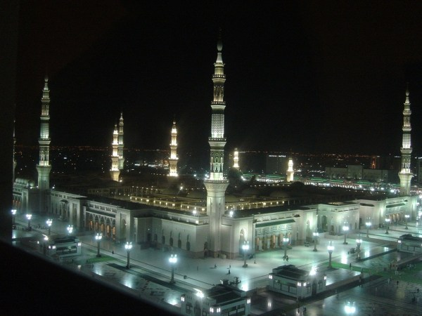 masjid-nabawi-wallpapers- (1)