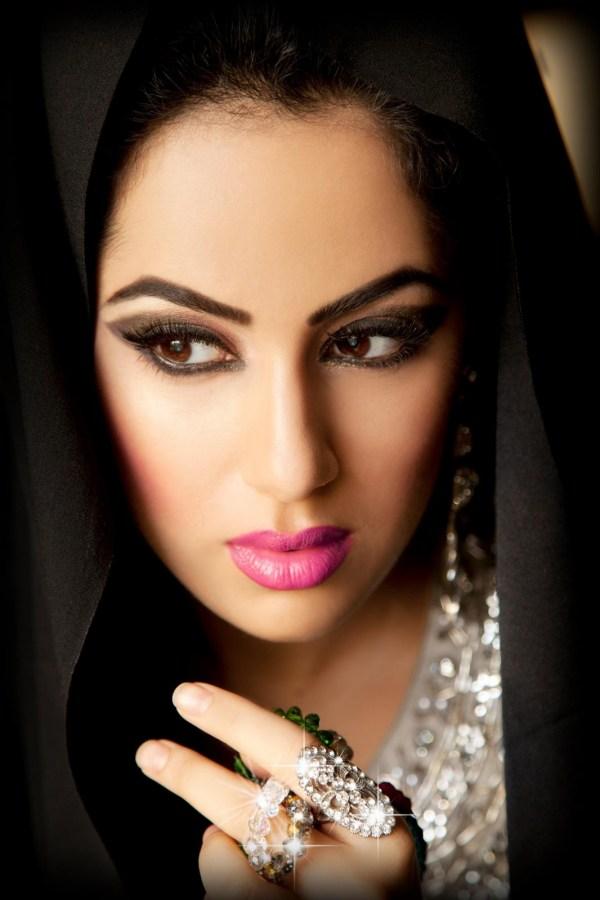 bridal-makeup-by-makeup-artist-nasreen-khan- (18)