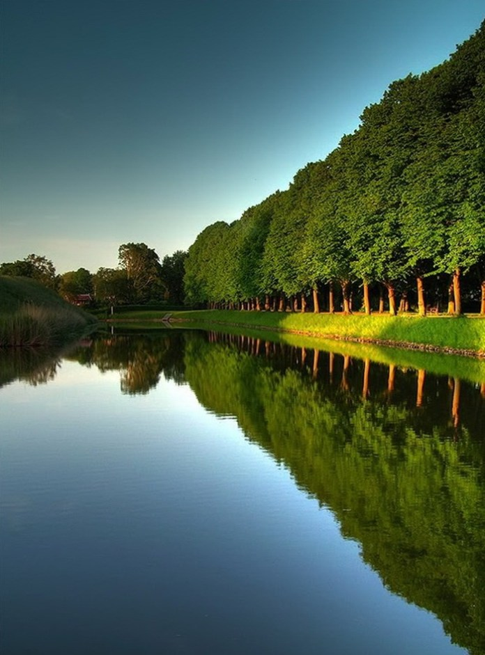 lake-reflection-26-photos- (12)