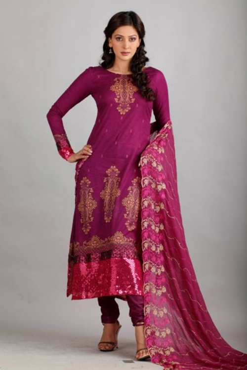 dawood-lawn-collection-2012-jami-motif-embroidery- (17)
