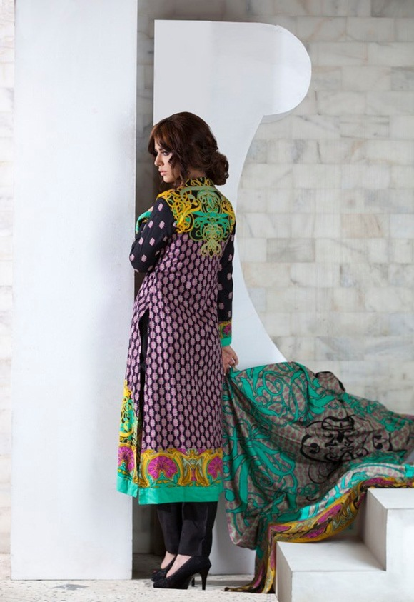firdous-paris-linen-winter-collection-2012-with-ayyan-ali- (10)