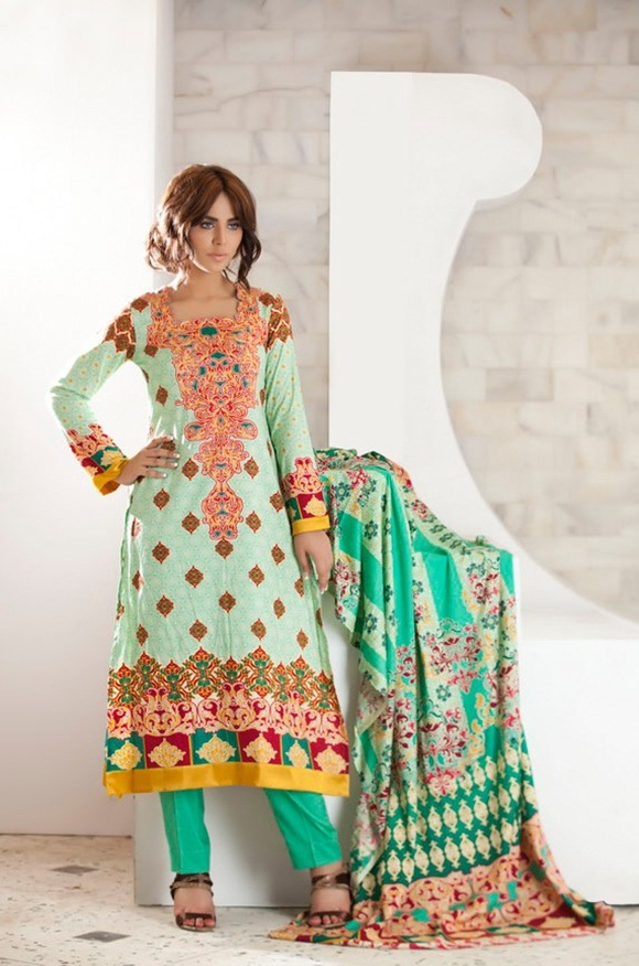 firdous-paris-linen-winter-collection-2012-with-ayyan-ali- (11)