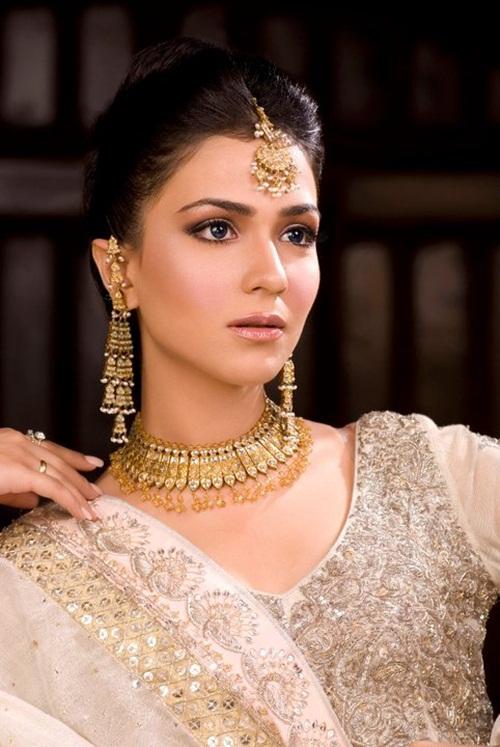 humaima-malik-bridal-makeover- (2)