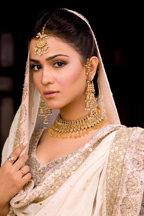 humaima-malik-bridal-makeover- (6)