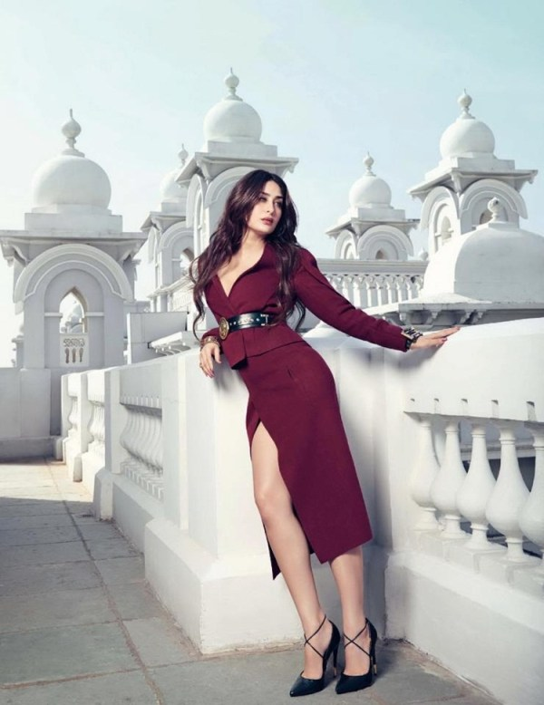 kareena-kapoor-photoshoot-for-vogue-magazine-february-2013- (5)