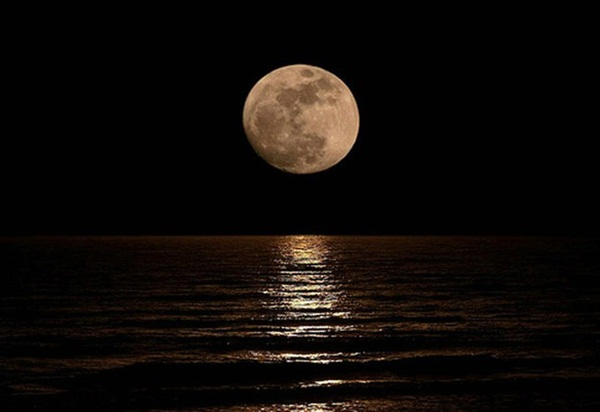 beautiful-moon-pictures- (24)