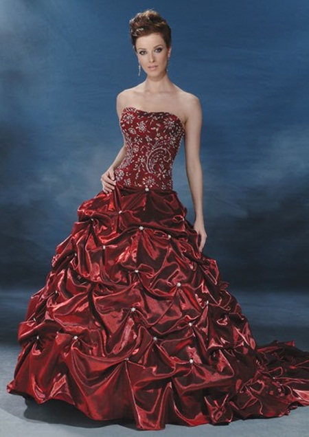 traditional-wedding-gowns- (25)