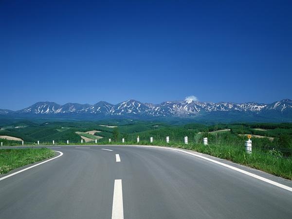 beautiful-roads-of-the-world- (1)