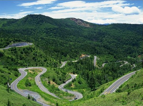 beautiful-roads-of-the-world- (15)
