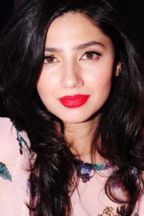 pakistani-actress-mahira-khan-photos-26