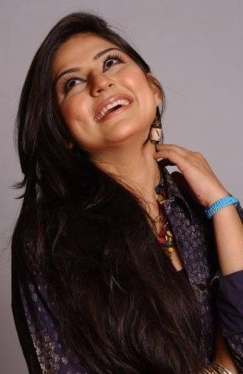 pakistani-actress-sanam-baloch-photos-17