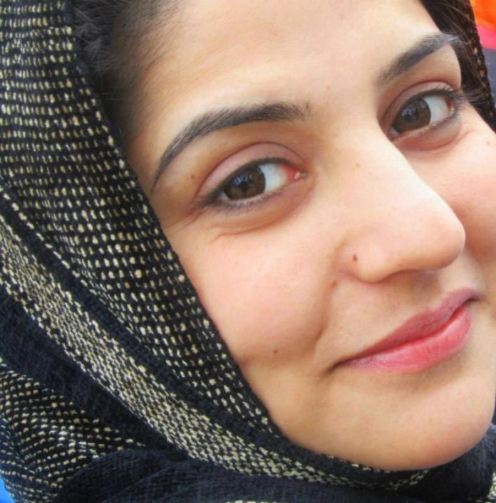 pakistani-actress-sanam-baloch-photos-29