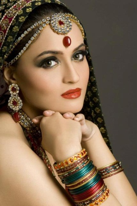 best-bridal-makeup- (10)