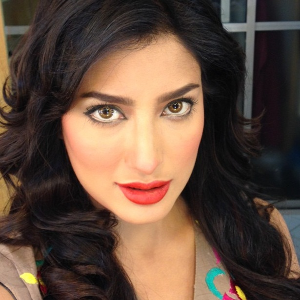 mehwish-hayat-new-photos-06