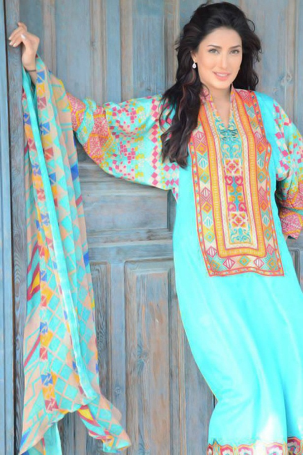 mehwish-hayat-new-photos-12