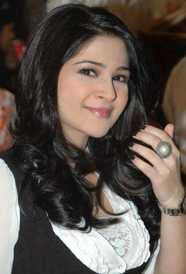 ayesha-omar-photos- (39)