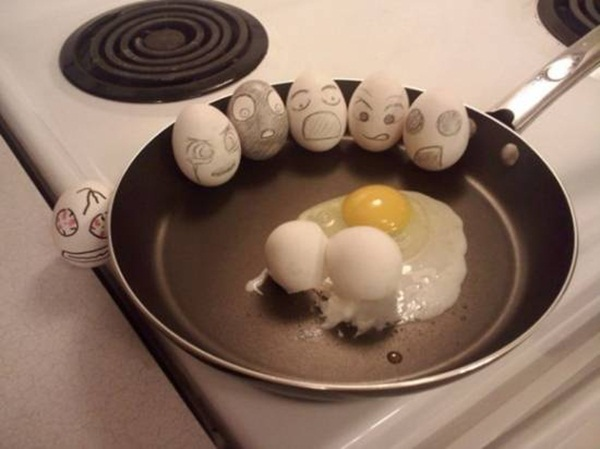 funny-eggs-expression- (18)