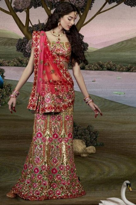 giselli-monteiro-in-indian-wedding-dresses- (16)
