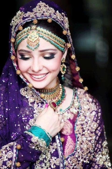 juggan-kazim-in-bridal-makeup- (1)