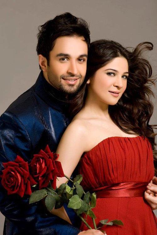 ayesha-omar-and-azfar-rehman-photoshoot- (3)