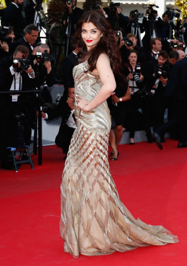 aishwarya-rai-at-cannes-film-festival-2014- (15)