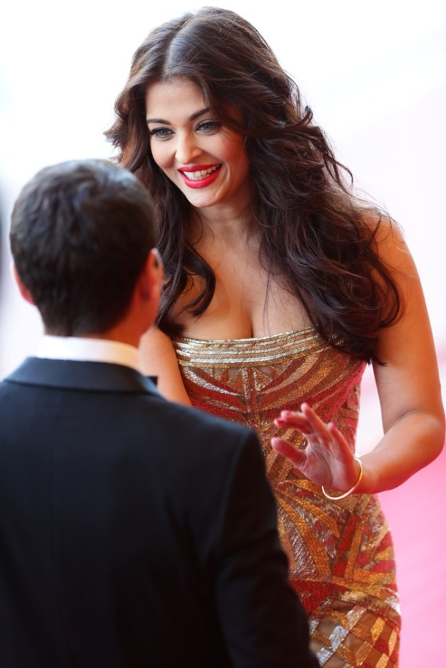 aishwarya-rai-at-cannes-film-festival-2014- (28)