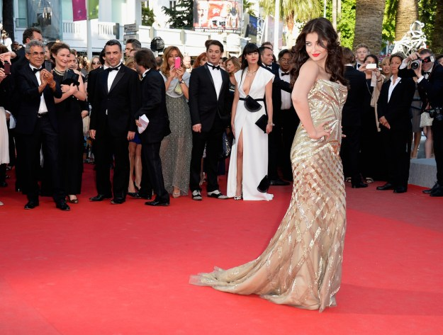 aishwarya-rai-at-cannes-film-festival-2014- (34)