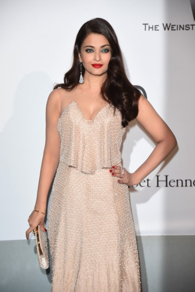 aishwarya-rai-at-cannes-film-festival-2014- (59)
